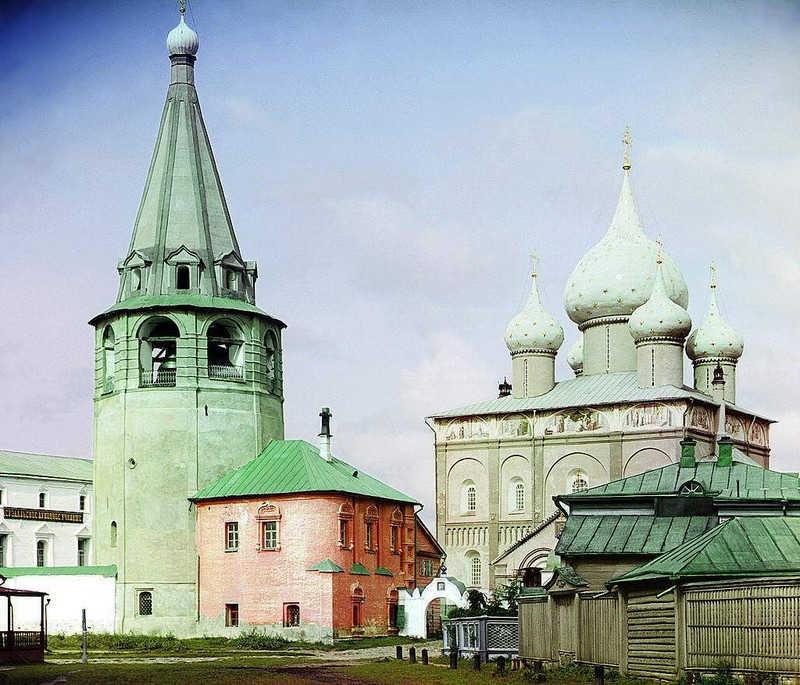 Budynek cerkwi i dzwonnicy